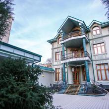 Izumrud Hotel in Tashkent