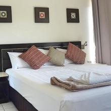 Jadran Motel & El Jays Holiday Lodge in Gold Coast