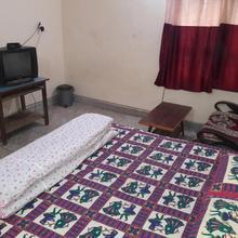 Jaiswal Homestay in Jabalpur