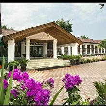 Jamal Resorts in Malarpura
