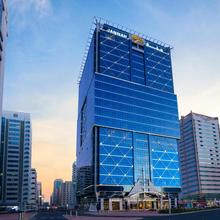 Jannah Burj Al Sarab in Abu Dhabi