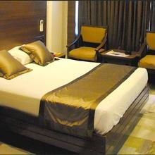 Jaya Residency in Jagannadhapuram