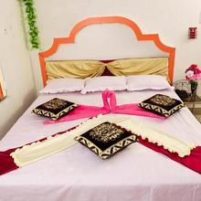 Jayanti Hotel in Rampur Hat