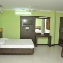Jeyam Residency, Kumbakonam in Valangaiman