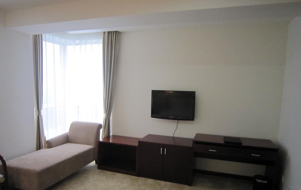 Jin Ding Hong Tai Hotel in Lengquan
