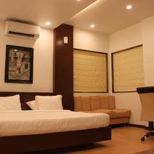 Jk Rooms 103 Loharkar's Hotel in Mahadula