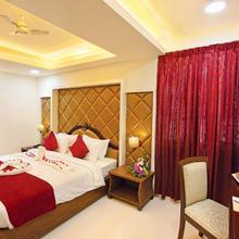Joyees Residency in Kottayam