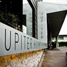 Jupiter Hotel in Portland