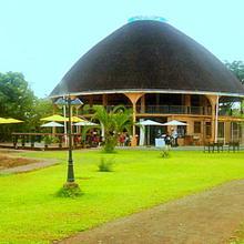 Kaazmein Lodge in Victoria Falls