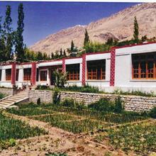 Kailash Mansarovar Homestay & Guest House-nubra in Deshkit
