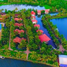 Kalathil Lake Resort in Arookutty