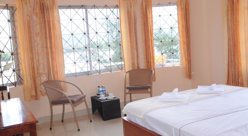 Kampot Riverside Hotel in Bok Kou