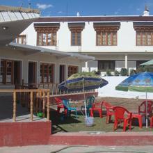 Kanda-lha Guest House in Ladakh