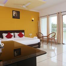 Karapuzha Village Resort in Meenangadi
