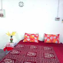 Karmakar Homestay (basic Space) in Baruipur