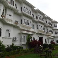 Karohi Haveli - A Heritage Hotel in Bedla
