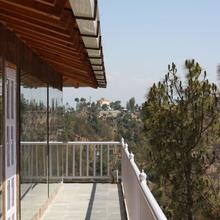 Kasar Rainbow Resort in Binsar