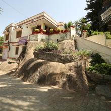 Kashiva Lake Residency in Mount Abu
