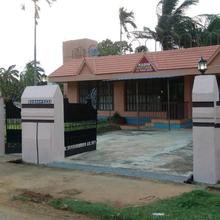 Kasim Cottage in Shenkottai