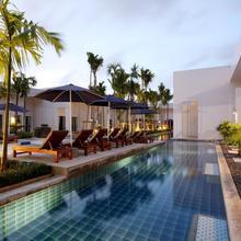 Kata Lucky Villa & Pool Access in Karon Beach