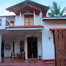 Kavindi Guest in Denuwala