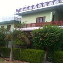 Kenth Hari Resort in Dhaulpur