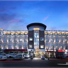 Kgees - Hill Town Hotel in Kattappana