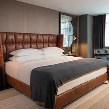 Kimpton Nine Zero Hotel in Boston
