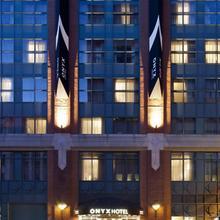Kimpton Onyx Hotel in Boston