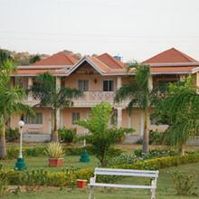 Kishkinda Heritage Resort in Hospet