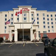 Kitchener Inn & Suites in Kitchener