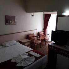 Kivrak Hotel in Antalya
