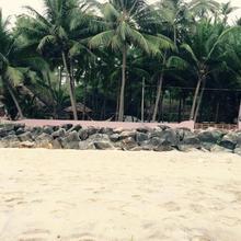 Kizhunnarocks Beach Resort in Kadirur