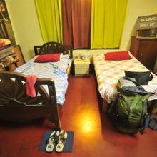 Kolkata Backpackers Bed & Breakfast in Kolkata