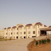 Komachi Hotel in Palawa
