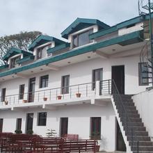 Hotel New Palace in Bashohli