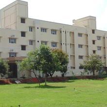 Krishna Garden Service Apartment in Kanadukathan