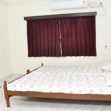 Krishna Garden Service Apartment in Karaikkudi
