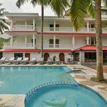 Kristal Sands Beach Resort in Calangute