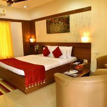 Kstdc Hotel Mayura Bhuvaneshwari Kamalapur in Hospet