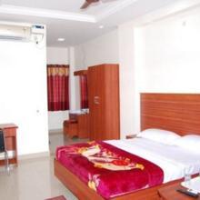 Kumaran Millenniium Residency in Tiruvallam