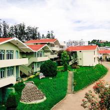 La Flora Amberley Resort, Ooty in Kolakambe