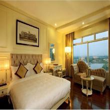 La Jolie Hotel & Spa in Ho Chi Minh City