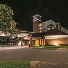 La Quinta By Wyndham Orlando Ucf in Orlando