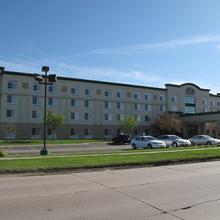 La Quinta Inn & Suites Omaha Airport - Carter Lake in Omaha