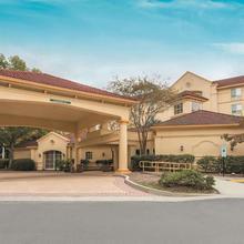 La Quinta Inn & Suites Raleigh Crabtree in Raleigh