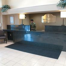 La Quinta Inn & Suites Wayne in Caldwell