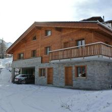 La Tzoum'hostel in Sion