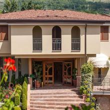 La Vigna Park Hotel in Solopaca