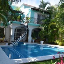 La Villa Du Golf À Cancun in Isla Mujeres